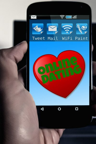 Online Dating – Useful Etiquette for Single Mums (and Dads)