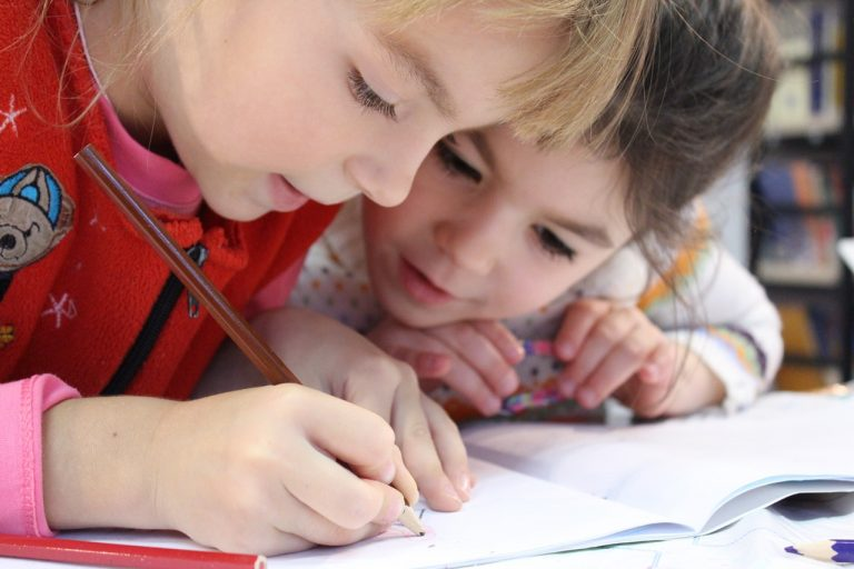 Child Care Centres – The Ideal Solution for Working Parents