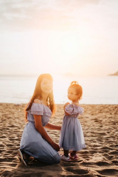 beach child daughter 1438511